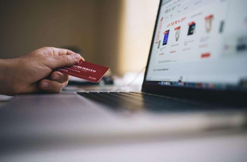 """E-commerce: una """"lista di controllo"""" per effettuare acquisti in sicurezza"""